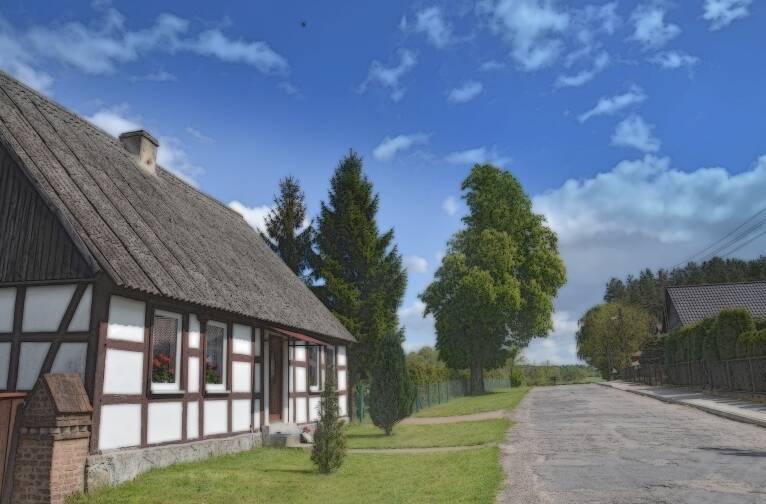Okolice jeziora i wioski Krzemień