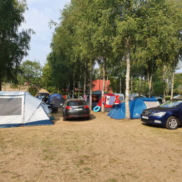 Wyjazd na pole namiotowe z dziećmi
