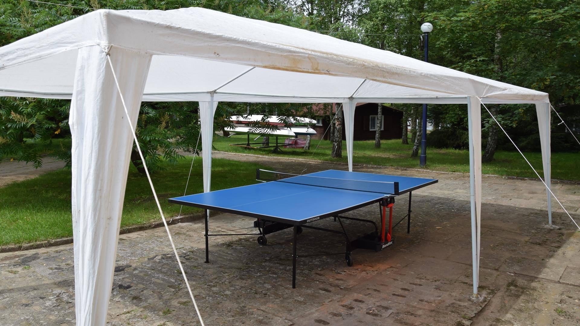 Stół do gry w ping ponga dla gości pola kempingowego EKODAR
