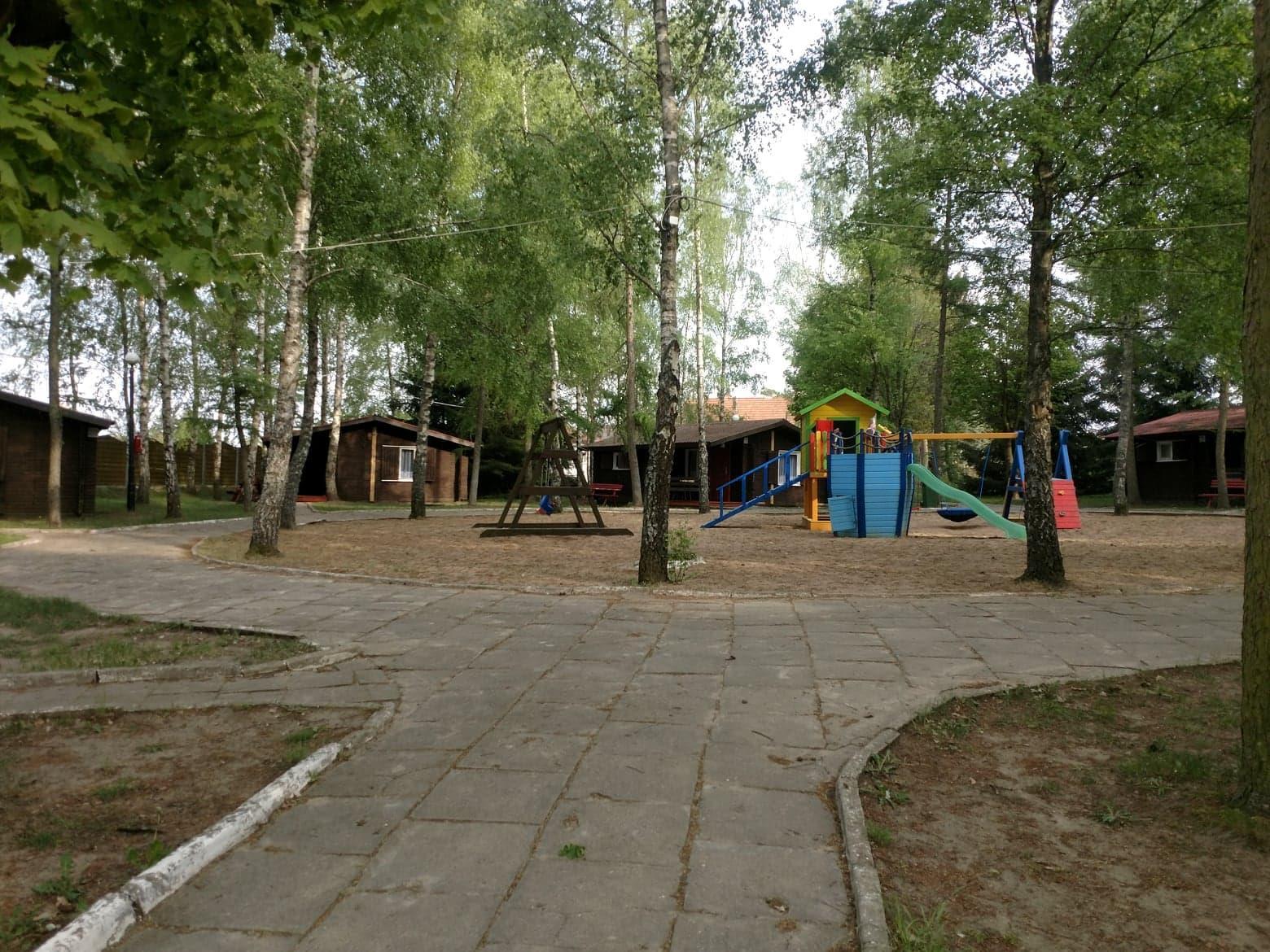 Teren ośrodka EKODAR - pole kempingowe